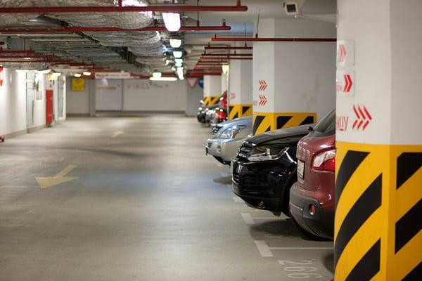 Куряне поставили на кадастровый учет более 200 машино-мест
